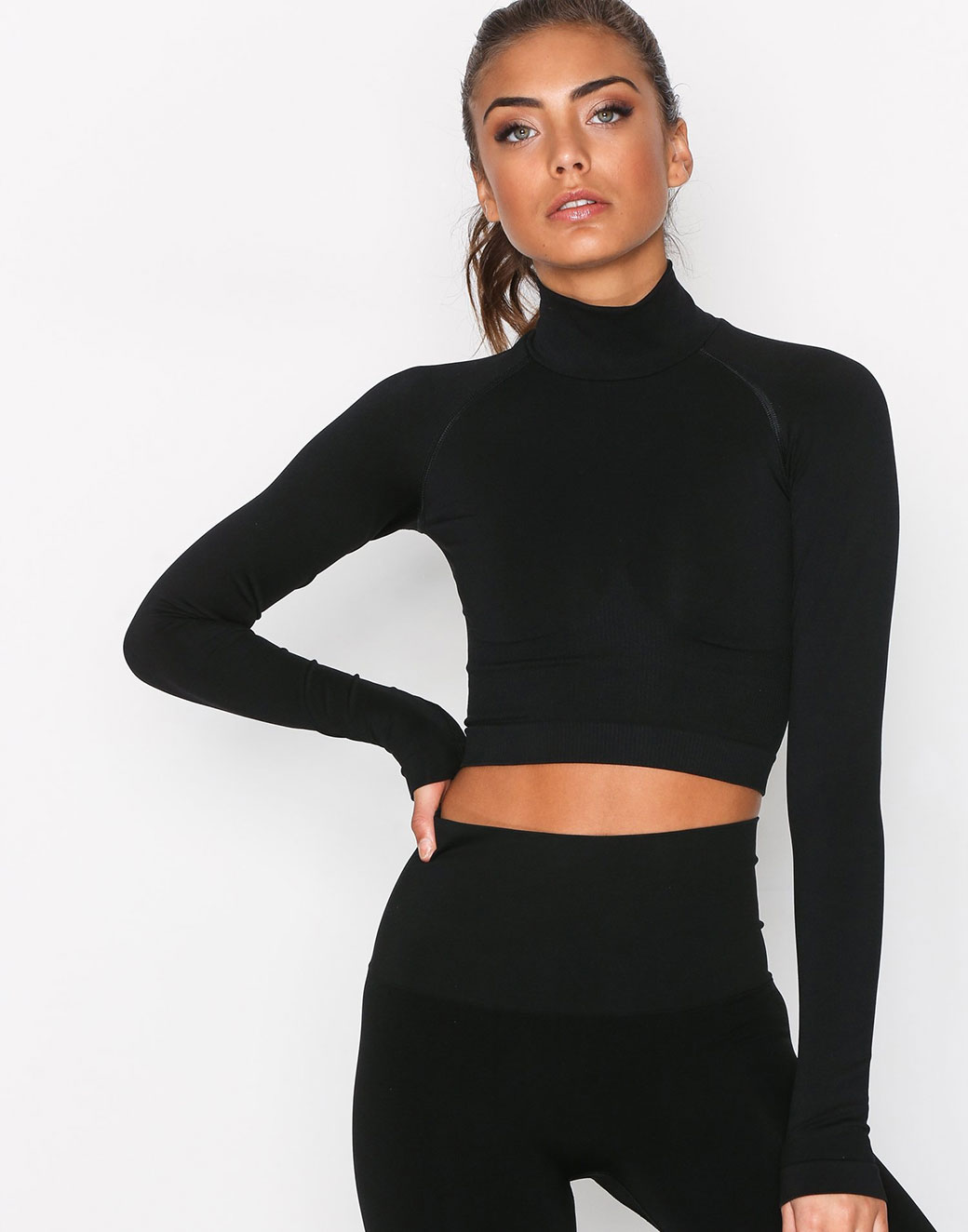 LS Cropped Polo Gym Top